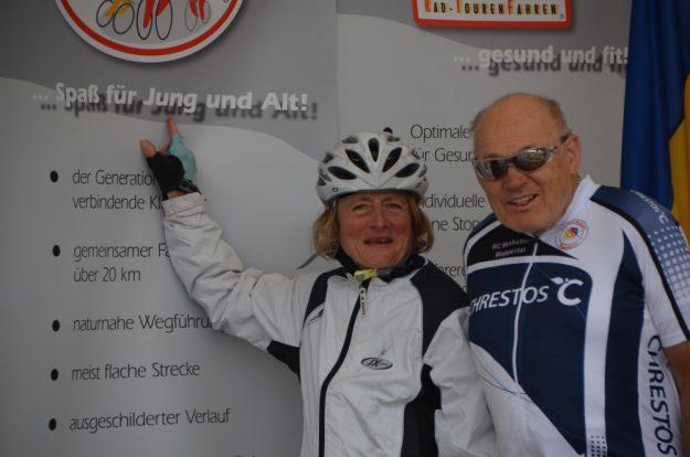 Spaß für Jung und Alt - Vera und Axel beim Bundesradsporttreffen 2015 in Boltenhagen