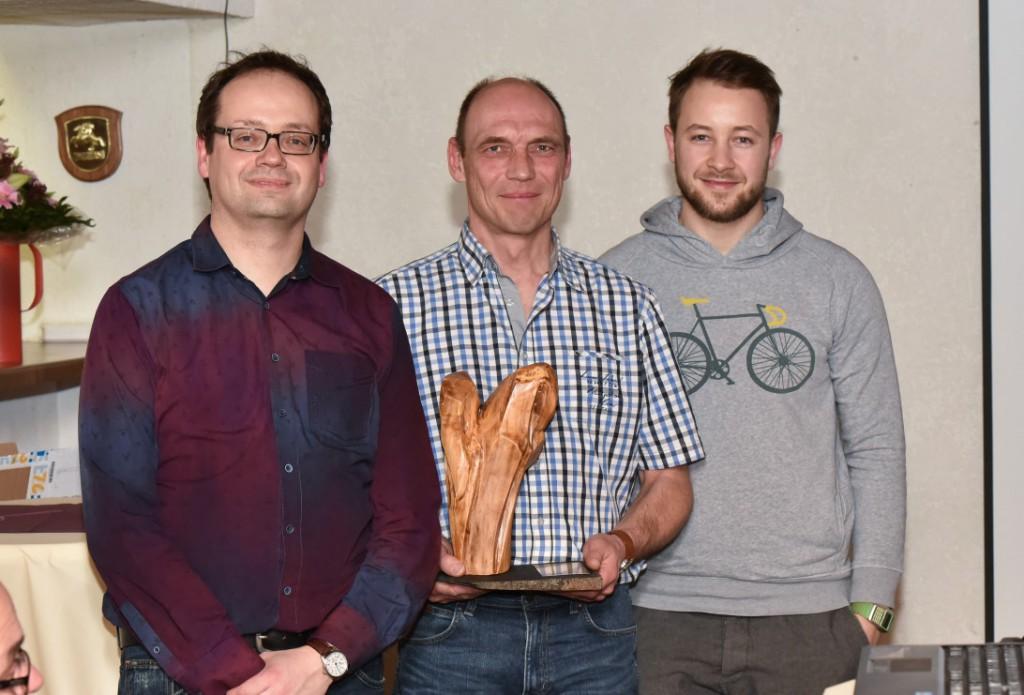 Rolf (m.) ist der vielseitigste Musketier 2015 (zusammen mit der Jury, Kai (l.) und Daniel (r.))