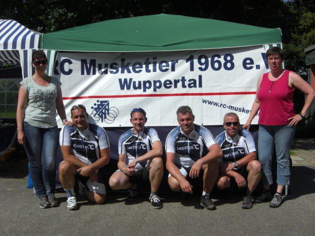 Die 4 Musketiere: Sonja, Markus, Michael, Alexander, Dirk, Michaela (von links)